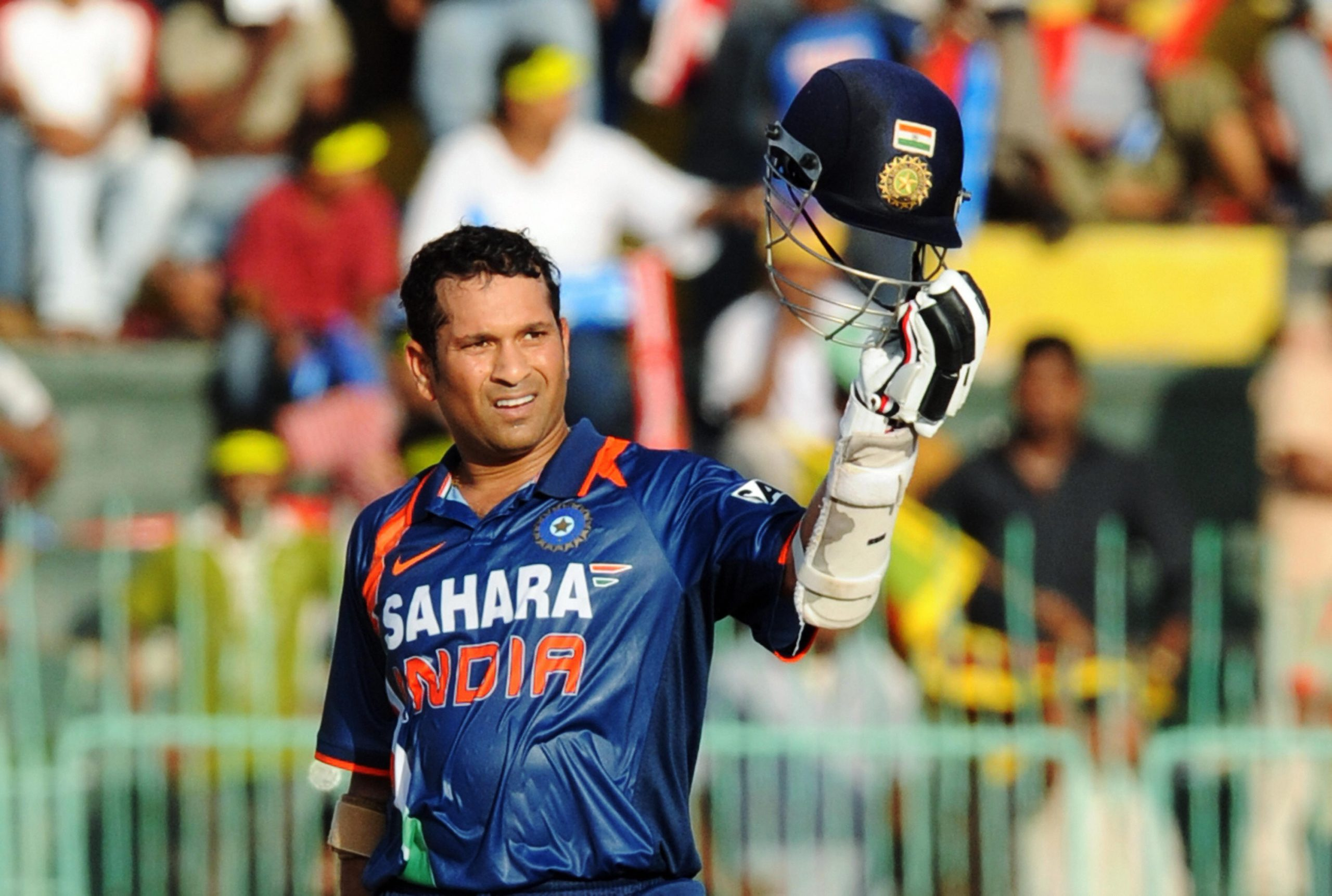 Sachin Tendulkar Biography – Early Life, Career Info, Awards and Recognition, Unknown Interesting Facts